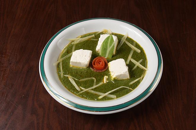 チーズとほうれん草のカレー(Cheese Spinach Curry)