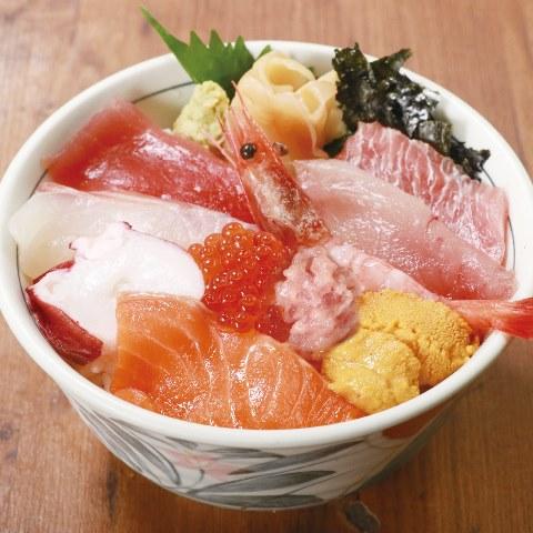 海鮮十種丼